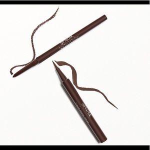 GIRLACTIK Perfect Pair Eyeliner Duo
